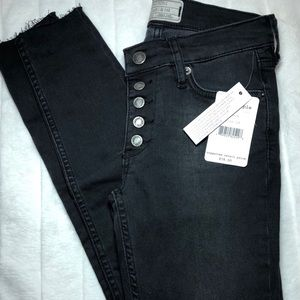 Free People button up jeans. NWT
